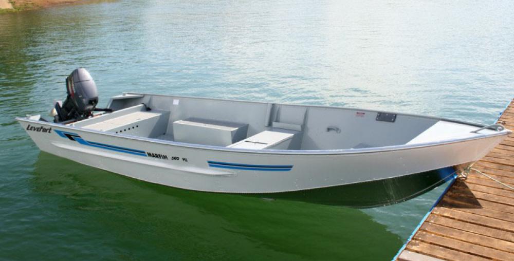 barco de alumínio usado